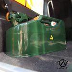 Bidon de 5 litres acier armé. Jerrican métal vert olive pour hydrocarbures. Type US de la marque matijardin image 3 produit