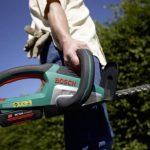 Bosch Taille-haies sans fil AHS 54-20 LI, lame 54 cm, coupe 20 cm, 1 batterie 36V 1,5 Ah, technologie Syneon 060084A100 de la marque Bosch image 1 produit