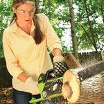 Greenworks Tools Tronçonneuse sans fil 40cm 40V Lithium-ion avec 2 batteries 2Ah et chargeur - 20077UC de la marque Greenworks Tools image 5 produit